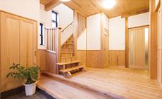 「新築の頃より、10年経った今の家が好き!」 それは、オーナーから伺った最高にうれしい一言でした。