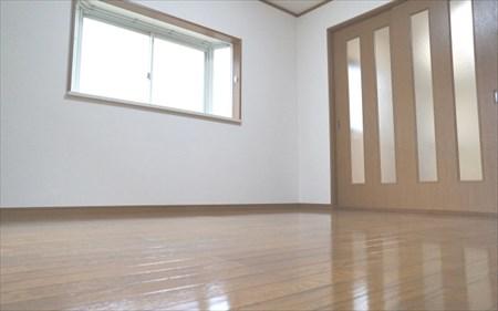 香川でフローリングのリフォーム(張り替え・コーティング)を行う【HOT・ハウス】