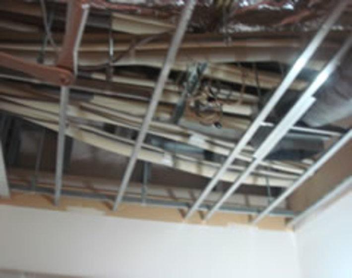 オフィスビル 営繕工事のサムネイル