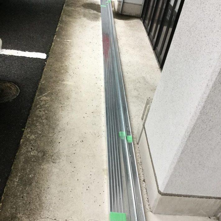 高松市 上天神町 マンション貸店舗工事「軽鉄天井下地」のサムネイル
