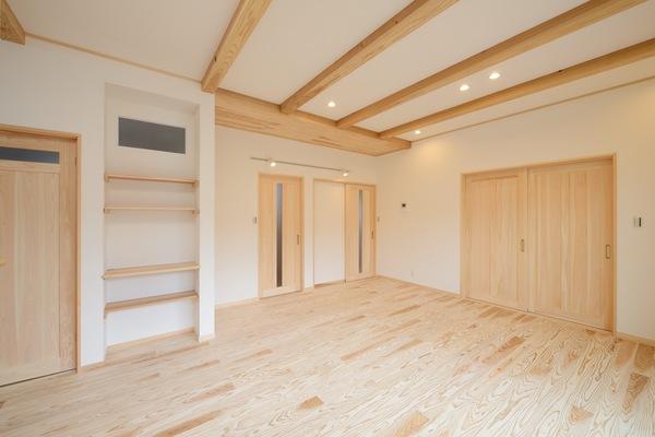 家族の幸せを考えた本物の自然素材住宅 「飫肥(オビ)杉」